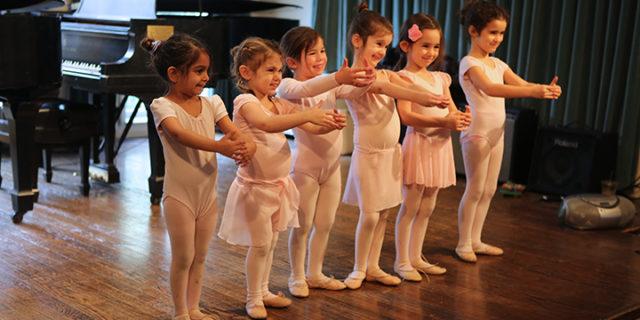 Pre-Ballet (Ages 3-4)