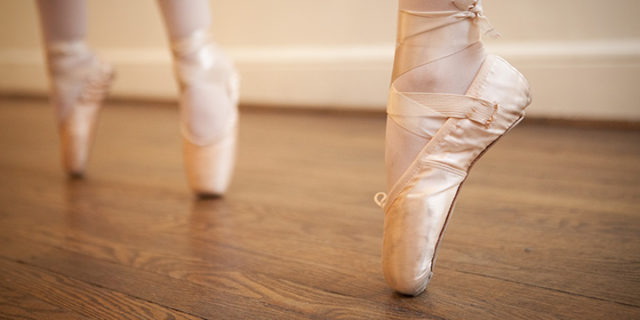 Junior Ballet and Pointe (Ages 9 1/2-10)