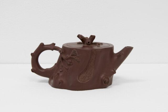 <em>Teapot: The Allan Buitekant Collection</em>
